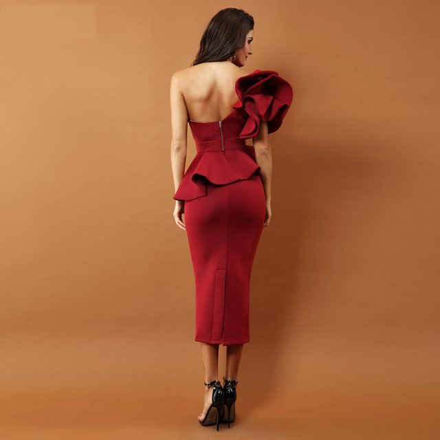 One Shoulder Ruffles Short Sleeve Strapless Dress
