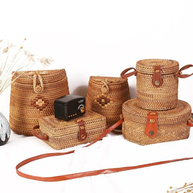 Hollow Handmade Messenger Crossbody Bags