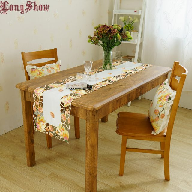 Newest Design Luxury Wedding Party Decorative Pink Yellow Colour Handmade Satin Cutwork Embroidered Table Runner